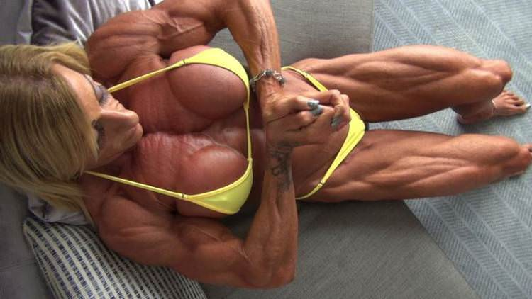 This Is How The World's First Female Bodybuilder Looks Like Today