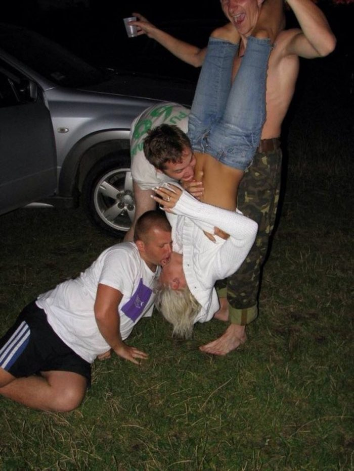 17 Most Shameful And Awkward People's Moments Caught On Camera