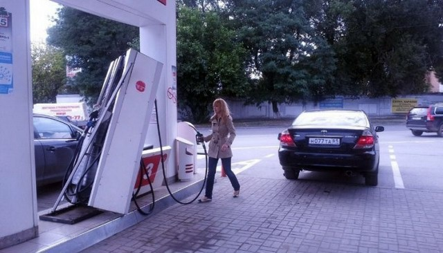 31 Oddities That Can Be Seen At Gas Stations