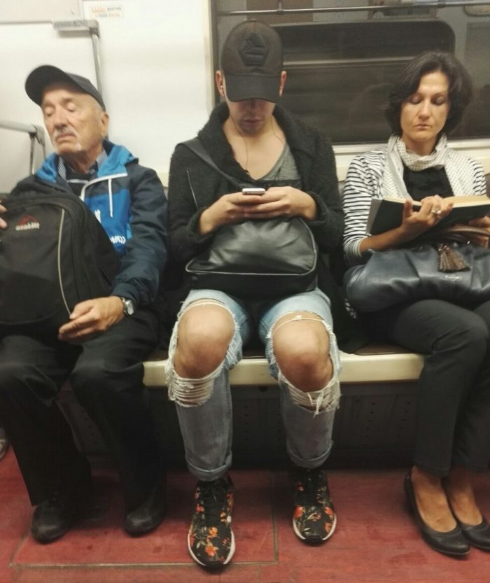 39 Weird People Who Could Not Care Less About Fashion