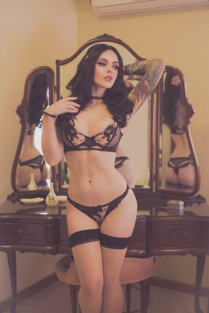 35 Lingerie Looks Of Cute Girlfriends To Make Your Day