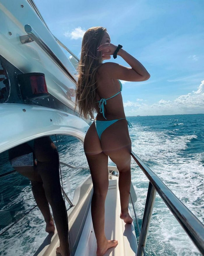 Hot Girls In Bikinis You Must See (44 Photos)