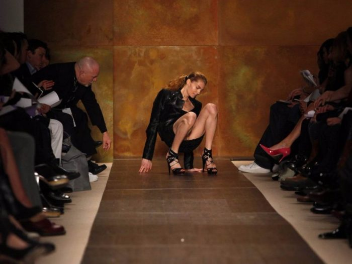 Fashion Fall Of Models On The Catwalk (39 Photos)